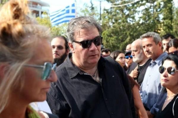 Δημήτρης Σταρόβας: Ραγίζουν καρδιές τα λόγια του μετά την κηδεία του Μαχαιρίτσα! (video)