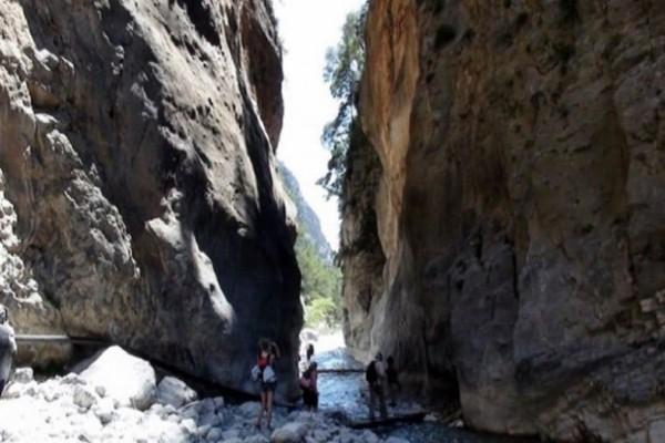 Κρήτη: Διπλή επιχείρηση διάσωσης τουριστών σε φαράγγι!