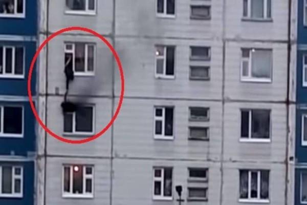 Σοκαριστικό βίντεο! Αγωνιώδης διάσωση κοριτσιού από φλεγόμενο διαμέρισμα!