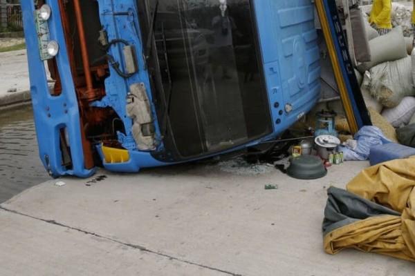 Συναγερμός! Φορτηγό έπεσε πάνω σε ανθρώπους! Τουλάχιστον 10 νεκροί!