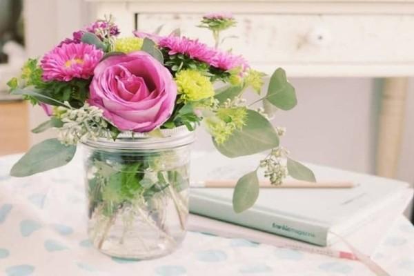 Κόλπο για να διατηρήσεις τα λουλούδια στο βάζο περισσότερες μέρες!