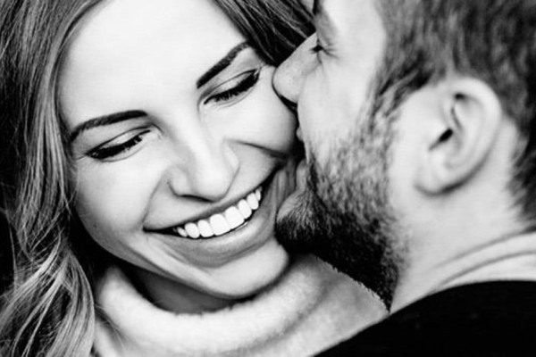 Απίστευτο: 8/10 Ελληνίδες απατούν σε μια σχέση!