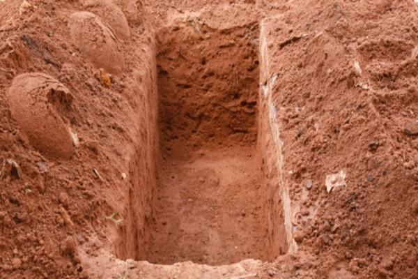 Την έδεσε, την έθαψε ζωντανή αλλά αυτή κατάφερε να το σκάσει από τον τάφο της!