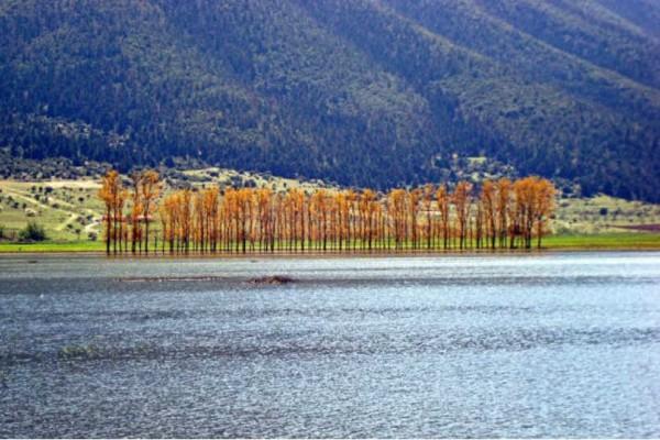 Λοχ Νες: Η ελληνική λίμνη με τους μύθους και τους θρύλους!