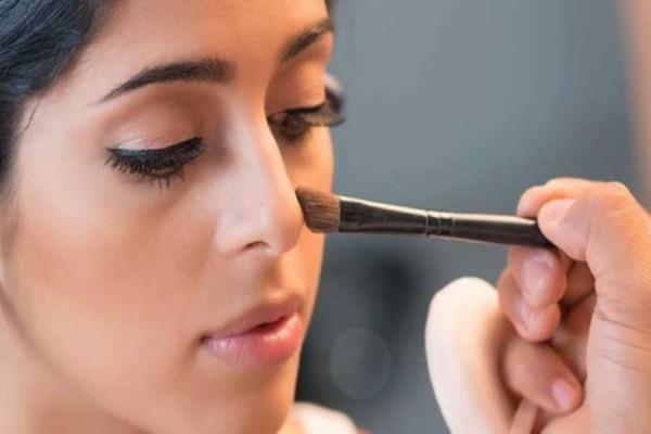 Πως να κάνετε την μύτη σας να φαίνεται μικρότερη με το κατάλληλο μακιγιάζ!