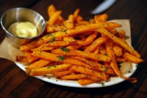 Έτσι θα τηγανίζετε τις πατάτες για να μην είναι καρκινογόνες!