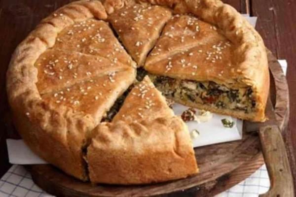 Πίτα με λαχανικά γρήγορα και οικονομικά, έτοιμη σε 10 λεπτά!
