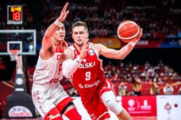 Μουντομπάσκετ 2019: Εκτός πρωτιάς η διοργανώτρια ύστερα από την ήττα της από την Πολωνία!