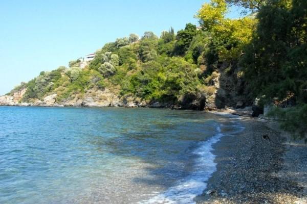 Σάμος: Νεκρή εντοπίστηκε γυναίκα στην παραλία Κοκκάρι!