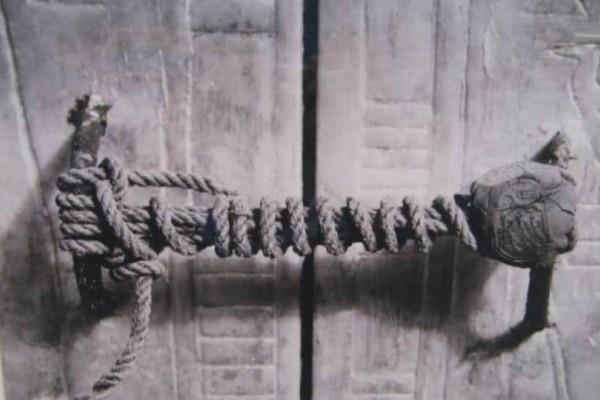 Τι σφραγίζει το σχοινί; Το μυστικό έμεινε κρυφό για χιλιάδες χρόνια! Όταν αποκαλύφθηκε προκάλεσε παγκόσμιο τρόμο! (photo)