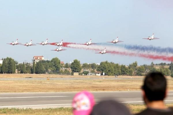 Athens Flying Week: Ένα φαντασμαγορικό σόου στον ελληνικό ουρανό!