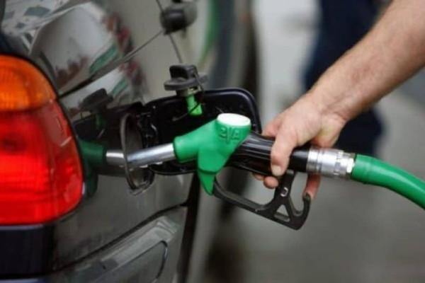 Έτσι θα βρείτε την πιο φθηνή βενζίνη! Βήμα προς βήμα η διαδικασία!