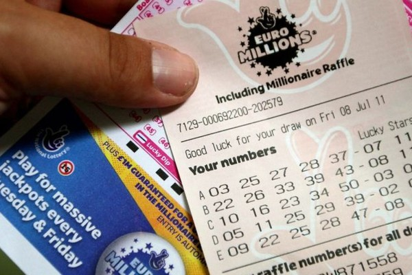 Ρεκόρ κερδών στη Βρετανία! Κέρδισε 169 εκ. λίρες στο Euromillions!