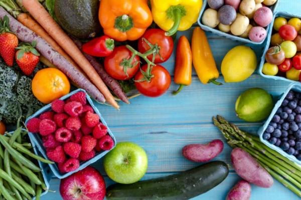 11+1 φρούτα και λαχανικά που έχουν τα περισσότερα φυτοφάρμακα!