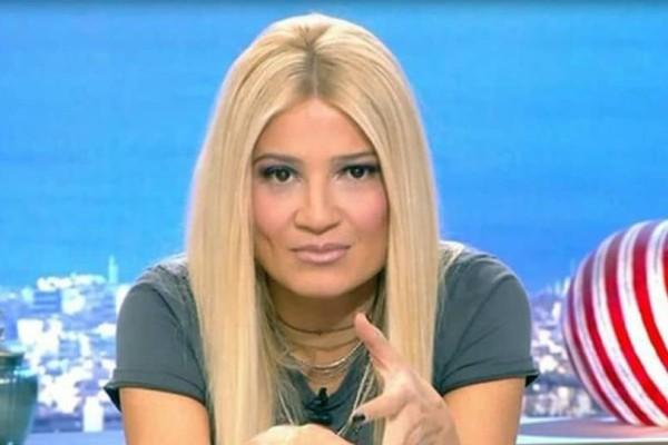 Φαίη Σκορδά: Εσύ ακόμα να αγοράσεις τις γόβες της; Είναι τέλειες!