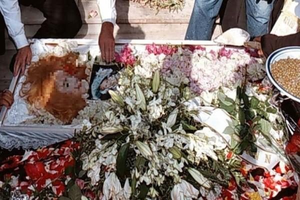 Νεκρή Αλίκη Βουγιουκλάκη: Το μακάβριο περιστατικό με την ηθοποιό στην κηδεία της που δεν παρατήρησε κανείς!