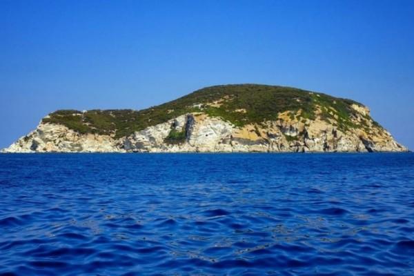 Tο απαγορευμένο νησί των οργίων και η κρυφή ιστορία του!