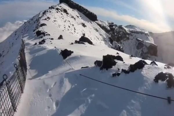 Ανατριχιαστικό: Ορειβάτης μετέδωσε ζωντανά το θάνατό του! (video)