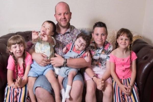 Ανύπαντρος πατέρας, 35 ετών, υιοθέτησε πέμπτο παιδί με ειδικές ανάγκες!