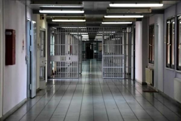 Φυλακές Κορυδαλλού: Nέα έρευνα της Αστυνομίας - Βρέθηκαν ρόπαλα και μαχαίρια!