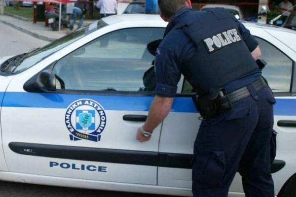 Ρομά απείλησαν με όπλα paintball αστυνομικό! (Video)