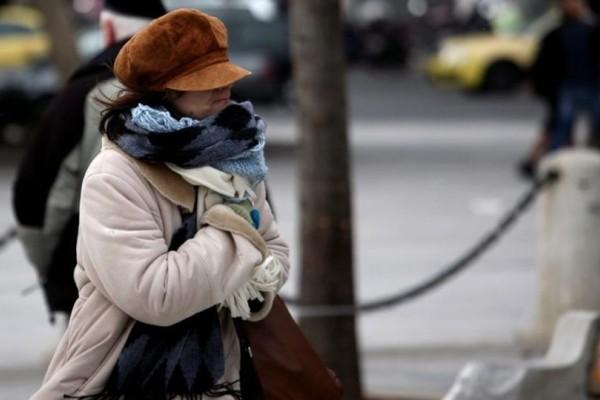 Καλοκαίρι τέλος: Κατεβάστε τα χειμωνιάτικα! Ο Σάκης Αρναούτογλου μας φέρνει τον... χειμώνα! (video)