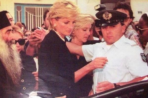 Πριγκίπισσα Νταϊάνα: Σοκάρουν οι αδημοσίευτες φωτογραφίες από την προσωπική της ζωή!
