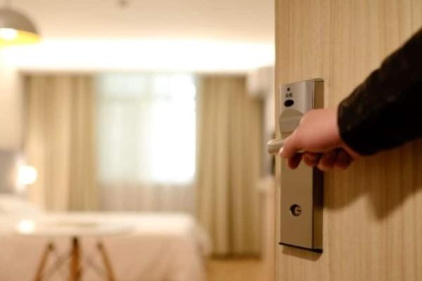 Μεσσηνία: Κλέφτης σεντονιών και πετσετών ξενοδοχείων!