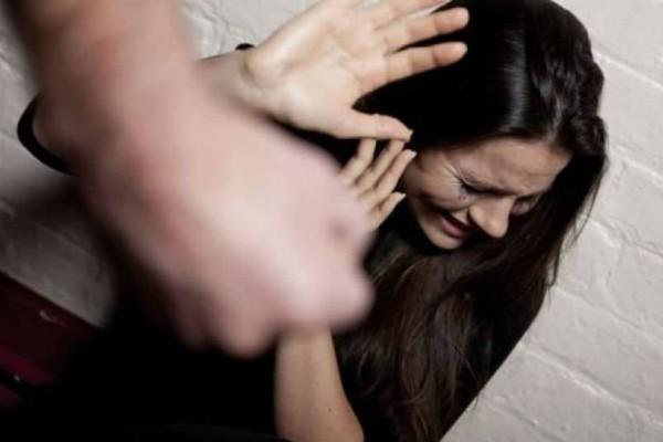 Θεσσαλονίκη: Ανθρωποκυνηγητό για σύζυγο που ξυλοκόπησε τη γυναίκα του και εξαφανίστηκε με τον 5χρονο γιο τους!