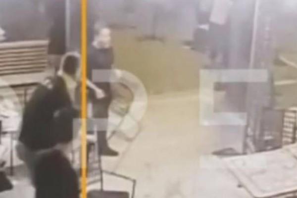 Βίντεο σοκ: Τα επεισόδια οπαδών ΑΕΚ με αστυνομικούς!