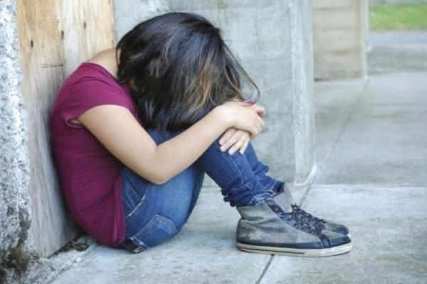 Εφιάλτης για 14χρονη μαθήτρια! Την βιντεοσκόπησαν παράνομα και διακινούν ερωτική της σκηνή!