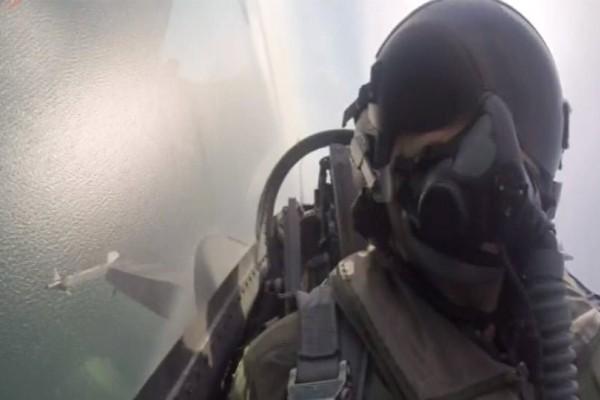 Περηφάνια για τον πιλότο της ομάδας Ζευς: Ετούτος δω ο λαός δεν γονατίζει παρά μονάχα μπροστά στους νεκρούς του!