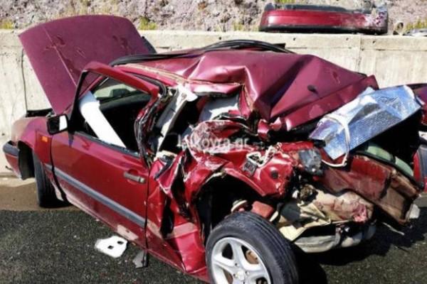 Φορτηγό έσπειρε το θάνατο μέσα στη ΛΕΑ: Σκότωσε 27χρονη κοπέλα μπροστά από το σταματημένο χαλασμένο αυτοκίνητο της! (video)