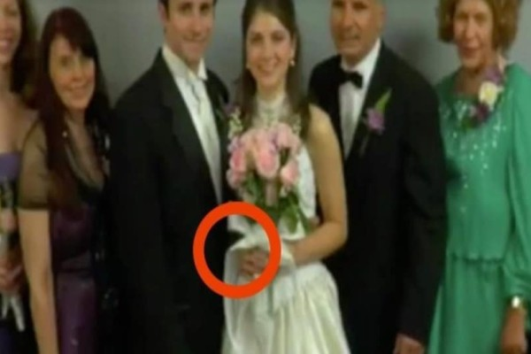 Απίστευτο: 69 χρόνια πριν ο άντρας της εξαφανίστηκε... Το 2008 όμως πήγε καλεσμένη σε έναν γάμο και με αυτό που είδε έπαθε σοκ! (Video)