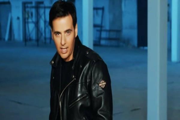 Εσείς τον θυμάστε; Πώς είναι σήμερα ο τραγουδιστής Γιώργος Λεμπέσης;