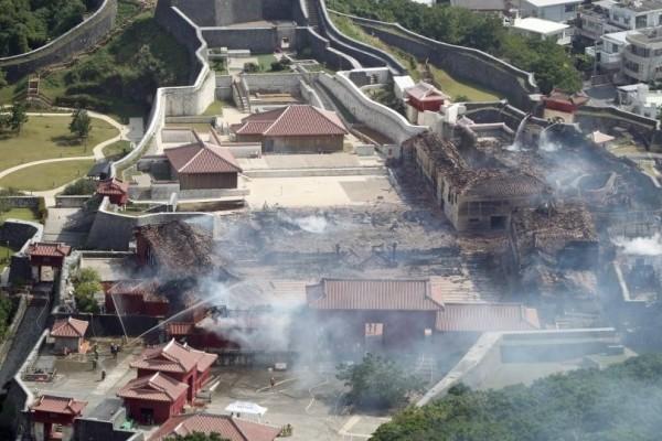 Ιαπωνία: Καταστράφηκε από φωτιά μνημείο της UNESCO από τον 15ο αιώνα!