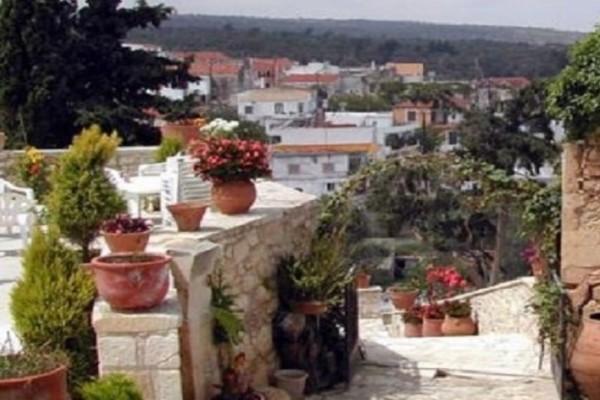 Χωριό της Κρήτης ρίχνει «γροθιά» στην ανεργία και πλουτίζει: Δείτε τι κάνουν το βράδυ και βγάζουν έως και 80 ευρώ! (Photos)