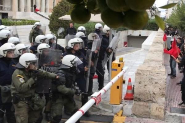 Χάος στην Αθήνα: Κλειστό το κέντρο, επεισόδια έξω από τη Βουλή!