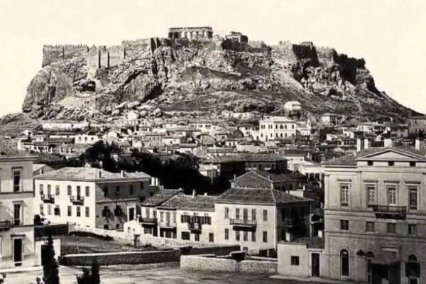 9+1 σπάνιες φωτογραφίες της παλιάς Αθήνας!