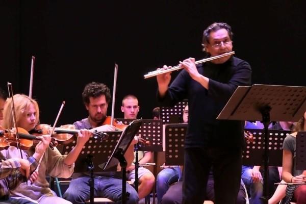 Ποινή κάθειρξης 14 ετών και 6 μηνών στον φλαουτίστα της Κρατικής Ορχήστρας Αθηνών που παρενοχλούσε μαθήτριες του!