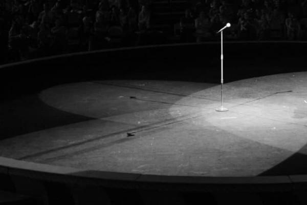 Σοκ! Πέθανε Έλληνας τραγουδιστής! (photos-video)