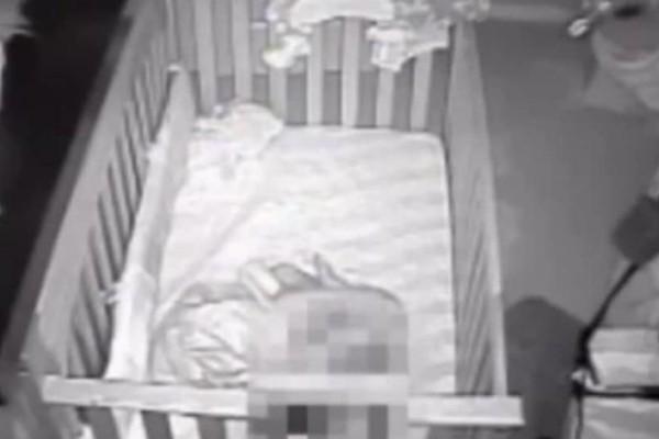 Γονείς έπαθαν σοκ όταν είδαν τι είχε καταγράψει η κρυφή κάμερα στο δωμάτιο του μωρού τους! (Βίντεο)