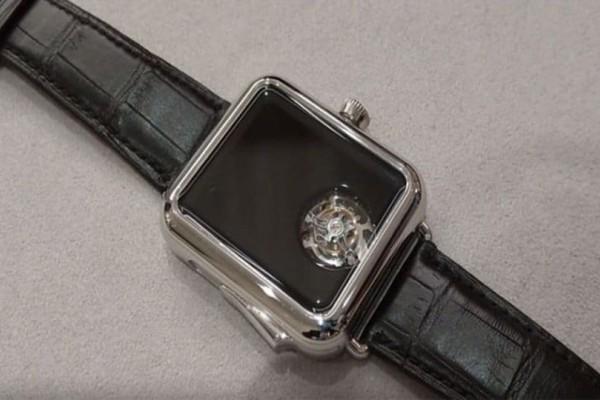 Απίστευτο: Ρολόι που δεν δείχνει την ώρα αλλά κοστίζει 300.000 ευρώ! (Video)