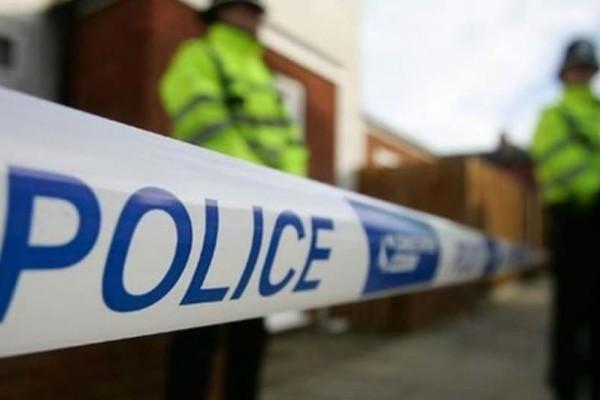 Μαχαίρωσαν τέσσερις ανθρώπους σε εμπορικό κέντρο στην Αγγλία!