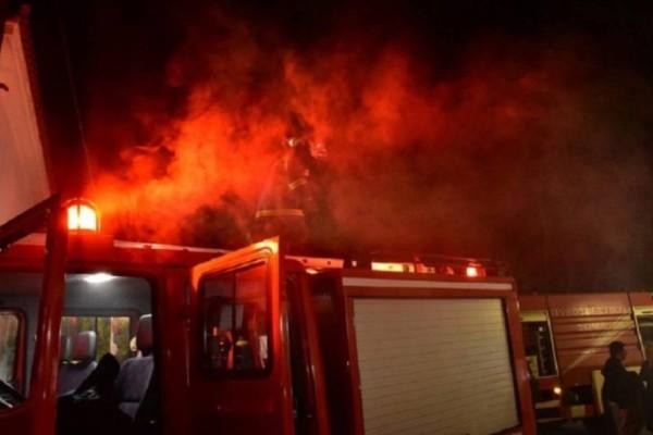 Κάηκε ολοσχερώς σπίτι στο Μαρκόπουλο! Η φωτιά ξεκίνησε από το τζάκι