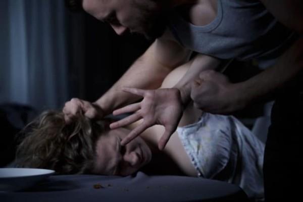 Χειροπέδες σε 34χρονο που φέρεται να βίασε 51χρονη στο Ηράκλειο!