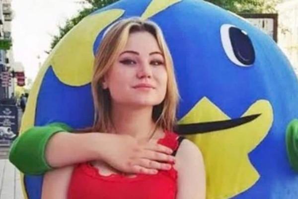Ρωσία:Τραγωδία με 19χρονη στρίπερ! Τη διαμέλισαν και πέταξαν απ' το μπαλκόνι τα μέλη της!