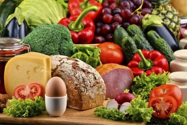 10+1 κανόνες διατροφής για όσους είναι άνω των 40!