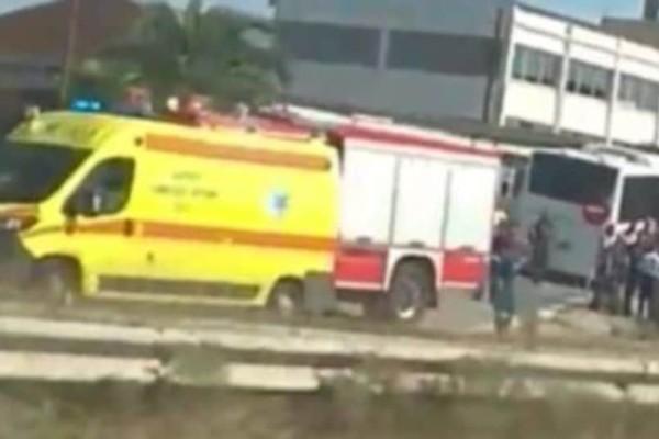 Συναγερμός στη Θεσσαλονίκη: Τροχαίο ατύχημα για λεωφορείο των ΚΤΕΛ! 12 τραυματίες! (Video)