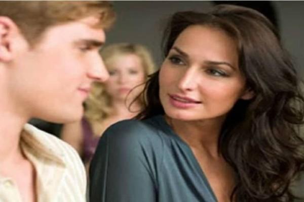 Τι συμβαίνει όταν σε μια σχέση η γυναίκα είναι μεγαλύτερη από τον άντρα;